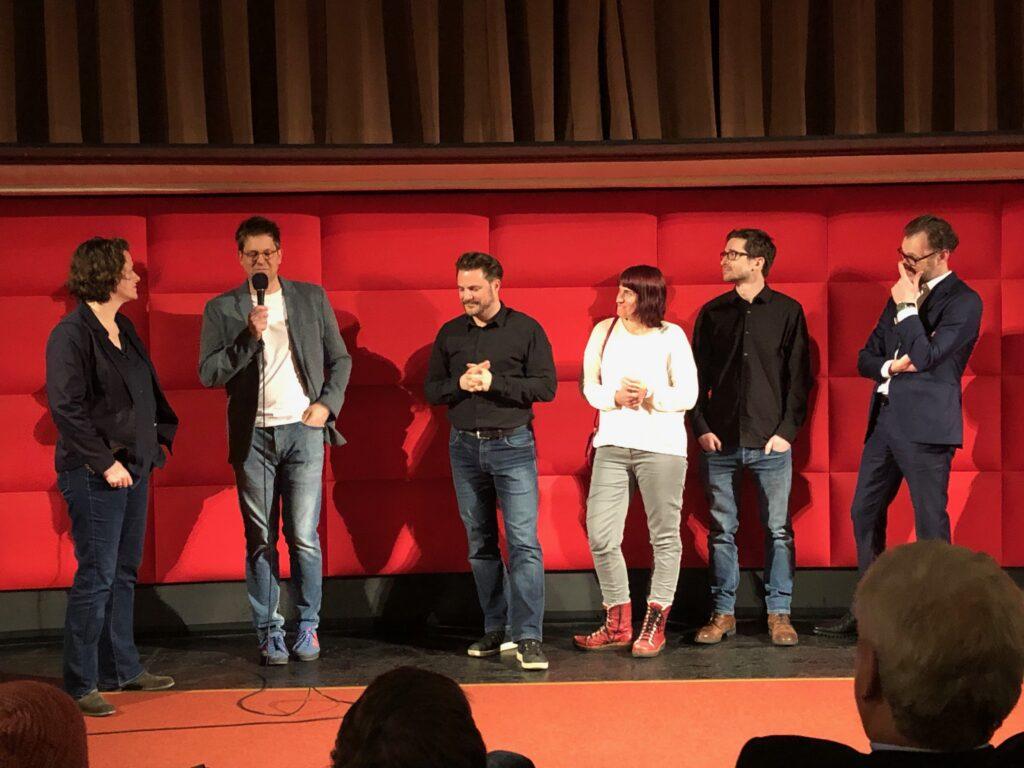 Regisseur Stefan Wolner und die Filmcrew beantworten die Fragen aus dem Publikum. © Hannah Wahl